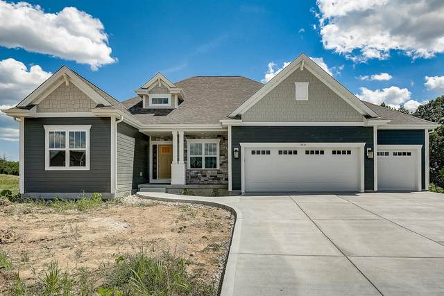 10830 N Tartan Ct, Mequon, WI 53097 (#1701645) :: OneTrust Real Estate