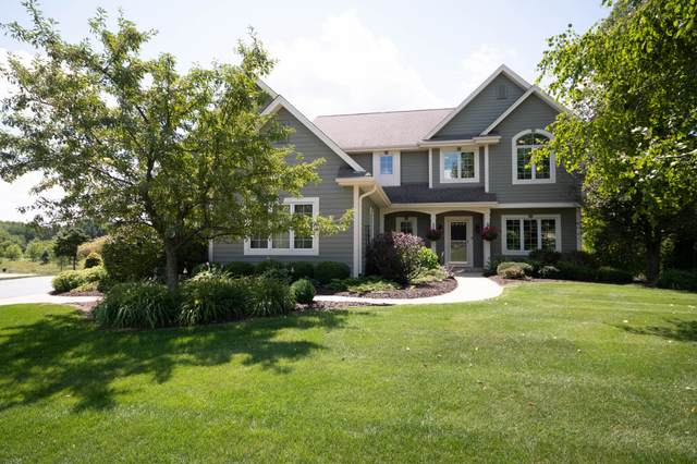 W343N6525 Timberline Rd, Oconomowoc, WI 53066 (#1702723) :: Keller Williams Realty - Milwaukee Southwest