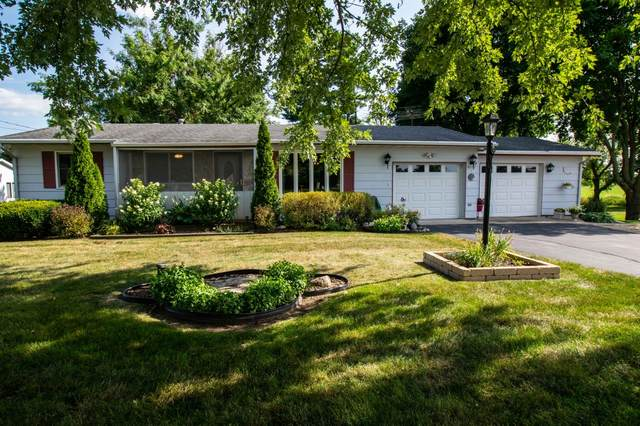 W7505 Creek Rd, Darien, WI 53115 (#1703381) :: OneTrust Real Estate