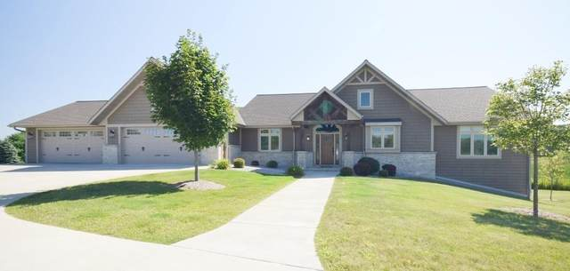 5863 Century Hills Ct, West Bend, WI 53095 (#1703518) :: Tom Didier Real Estate Team