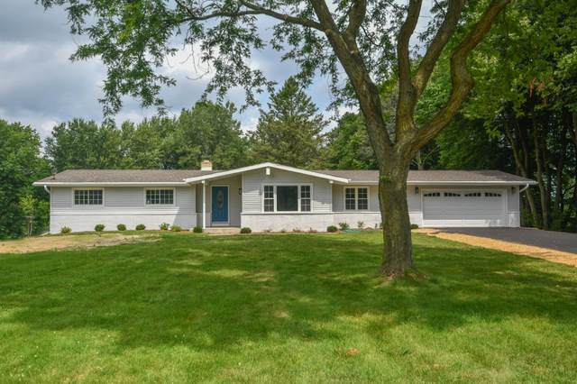 3226 Sunset Graze Dr, Polk, WI 53076 (#1703598) :: Tom Didier Real Estate Team