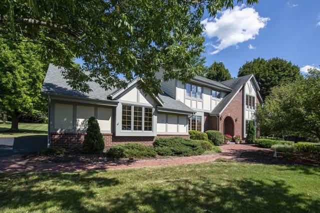 W302N6658 Lillian Dr, Merton, WI 53029 (#1704692) :: OneTrust Real Estate