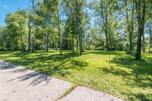 Lot 315 99th St, Salem Lakes, WI 53179 (#1704847) :: Tom Didier Real Estate Team