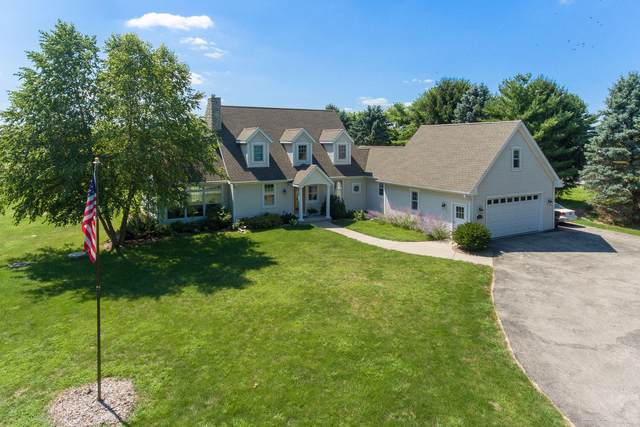 N3725 Willow Bend Ln, Geneva, WI 53147 (#1705025) :: RE/MAX Service First Service First Pros