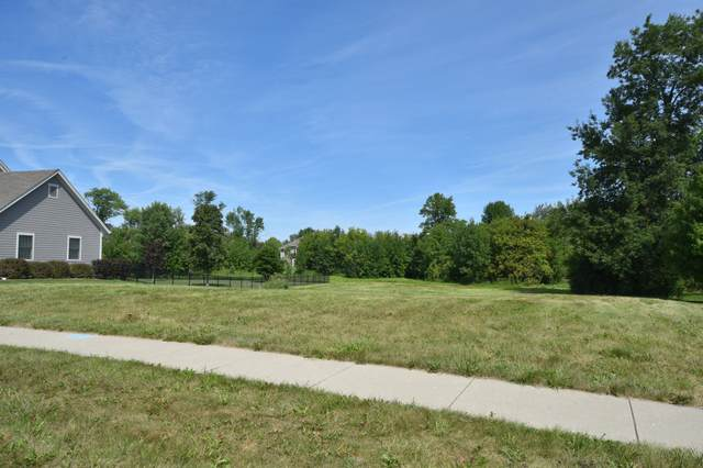 N74W8068 Harvest Ln, Cedarburg, WI 53012 (#1705028) :: NextHome Prime Real Estate
