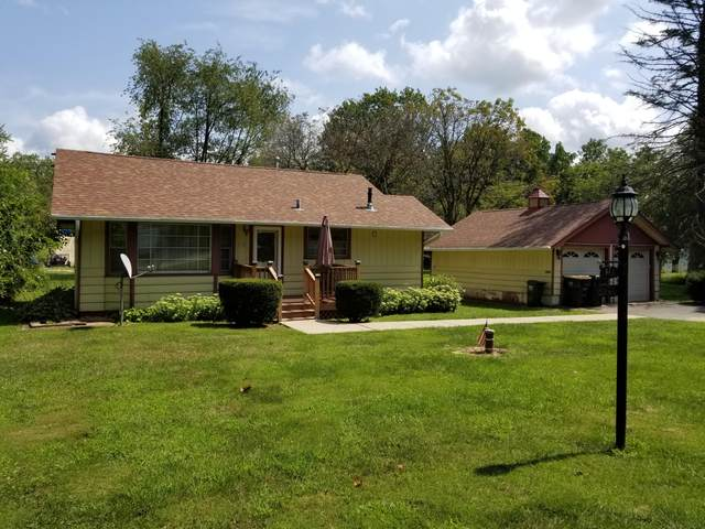 544 Short St, Twin Lakes, WI 53181 (#1706724) :: RE/MAX Service First Service First Pros