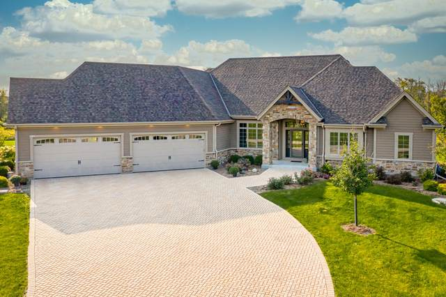 3111 W River Estates Dr, Mequon, WI 53092 (#1709732) :: Tom Didier Real Estate Team
