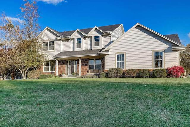 27351 Foxhaven Dr, Norway, WI 53185 (#1710332) :: RE/MAX Service First Service First Pros