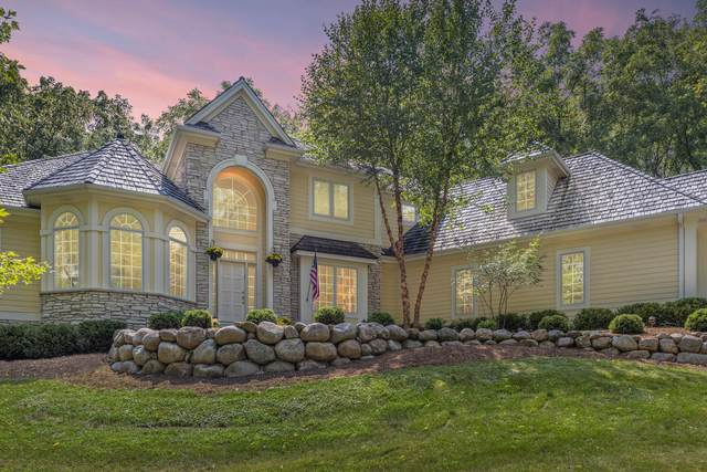 N14W30351 Willow Hill Rd, Delafield, WI 53018 (#1711518) :: OneTrust Real Estate