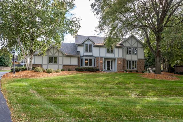 19625 Dorchester Dr, Brookfield, WI 53045 (#1711715) :: RE/MAX Service First Service First Pros