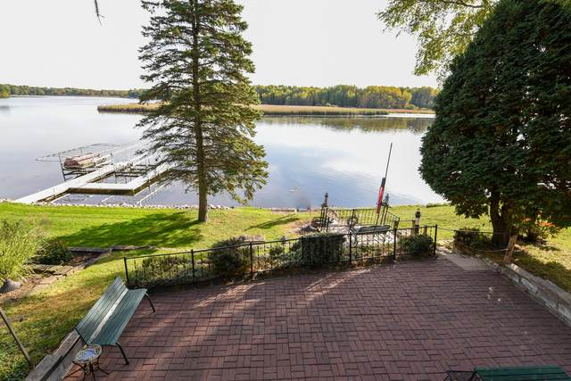 5637 E Peninsula Rd, Waterford, WI 53185 (#1713074) :: OneTrust Real Estate