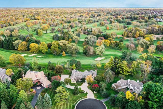 5206 W River Trail Ct, Mequon, WI 53092 (#1715246) :: Tom Didier Real Estate Team