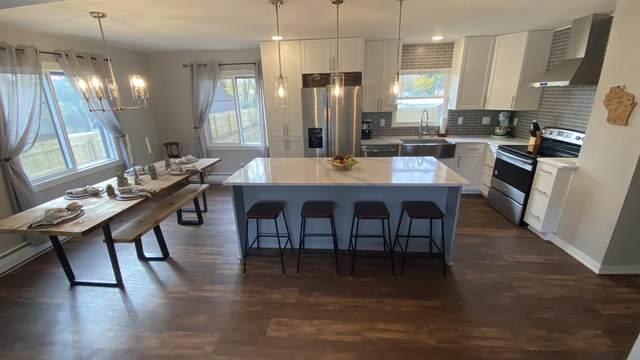 458 S Concord Rd, Oconomowoc, WI 53066 (#1715753) :: OneTrust Real Estate