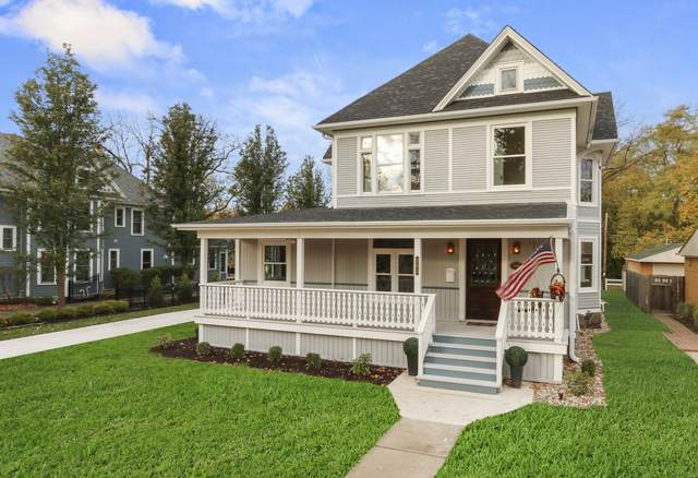 302 Maxwell St, Lake Geneva, WI 53147 (#1715780) :: Tom Didier Real Estate Team