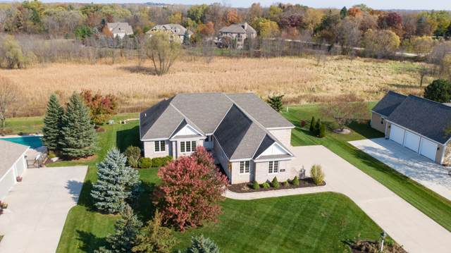 N36W22594 Long Valley Rd, Pewaukee, WI 53072 (#1715834) :: RE/MAX Service First Service First Pros