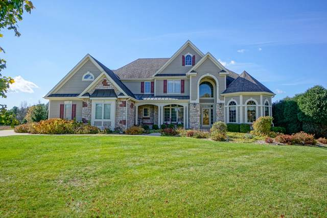 N33W33457 Hickory Ln, Nashotah, WI 53058 (#1716030) :: Tom Didier Real Estate Team