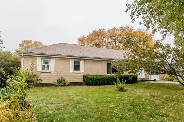 516 Alder Ave, Delavan, WI 53115 (#1716335) :: Tom Didier Real Estate Team