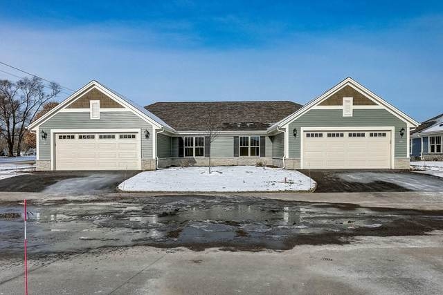 832 Margo Cir #0402, Eagle, WI 53119 (#1717173) :: OneTrust Real Estate
