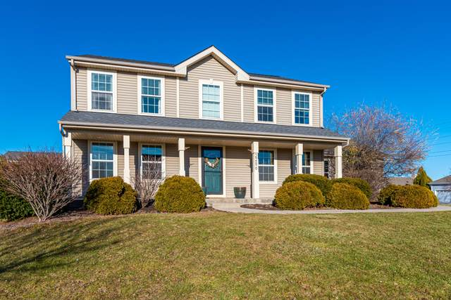 2286 Cherokee St, Grafton, WI 53024 (#1720620) :: Tom Didier Real Estate Team