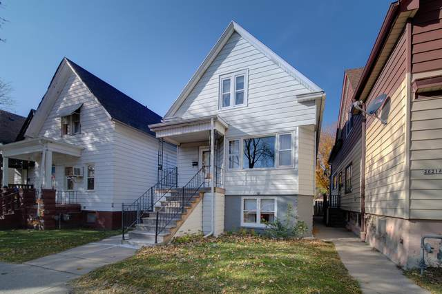 2025 S 25th St, Milwaukee, WI 53204 (#1721398) :: OneTrust Real Estate