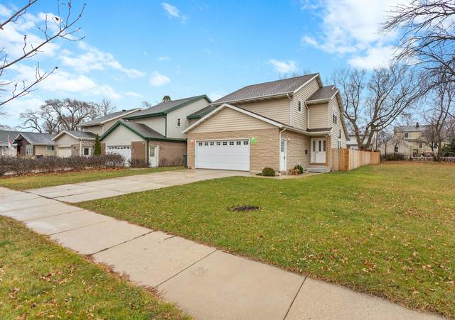 8635 W Schlinger Ave, West Allis, WI 53214 (#1721552) :: RE/MAX Service First
