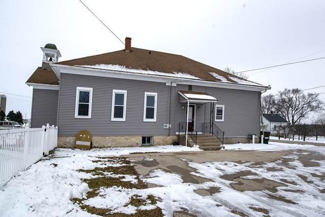 6912 County Road W, Addison, WI 53090 (#1721711) :: Tom Didier Real Estate Team