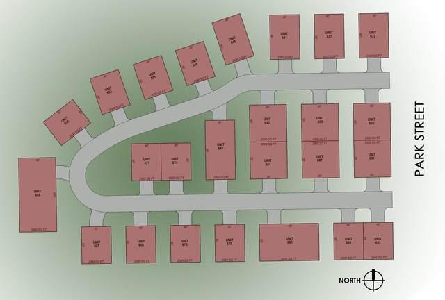 645 S Park St, Port Washington, WI 53074 (#1722167) :: RE/MAX Service First
