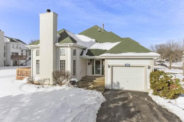 1730 Woodland Cir 12-21, Geneva, WI 53147 (#1723673) :: Tom Didier Real Estate Team