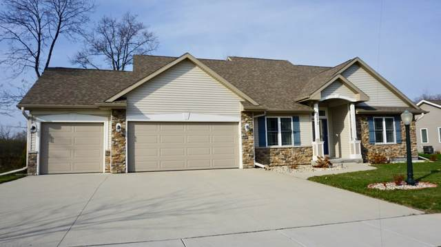 2073 Stonegate Rd, Burlington, WI 53105 (#1724091) :: RE/MAX Service First