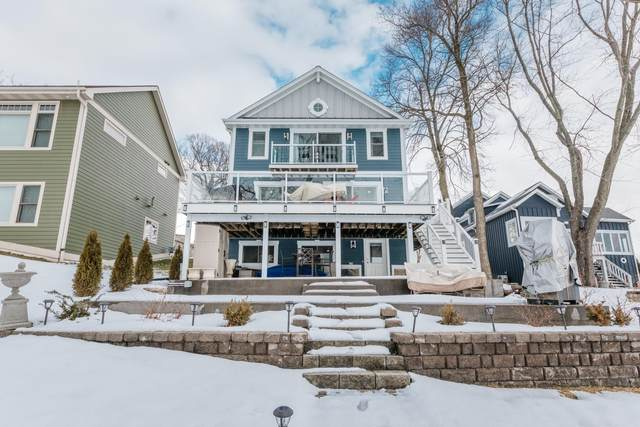 N37W26655 Kopmeier Dr, Pewaukee, WI 53072 (#1724233) :: Tom Didier Real Estate Team