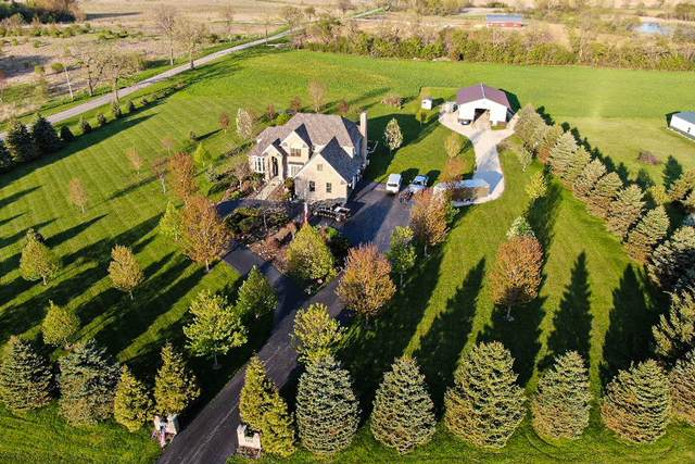 N1686 Heartland Dr, Bloomfield, WI 53147 (#1725010) :: RE/MAX Service First