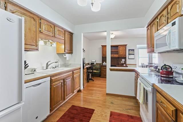 350 County Road B #7, Fontana, WI 53125 (#1726099) :: EXIT Realty XL