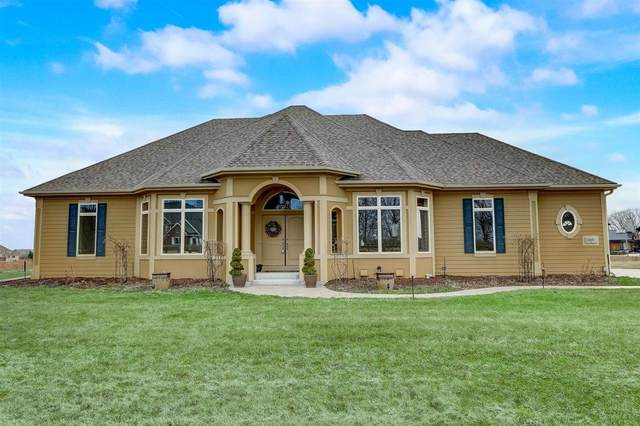 2245 W Saddlebrook Ln, Mequon, WI 53097 (#1726416) :: RE/MAX Service First