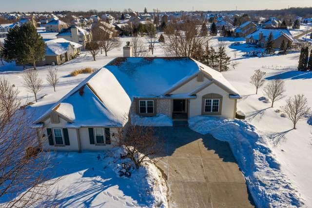 N66W13723 Crestwood Dr, Menomonee Falls, WI 53051 (#1726838) :: OneTrust Real Estate