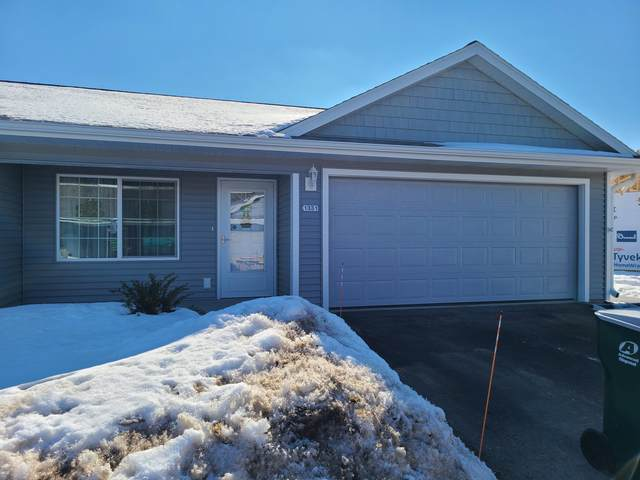 1347 S Wilson Ave, Hartford, WI 53027 (#1728246) :: EXIT Realty XL