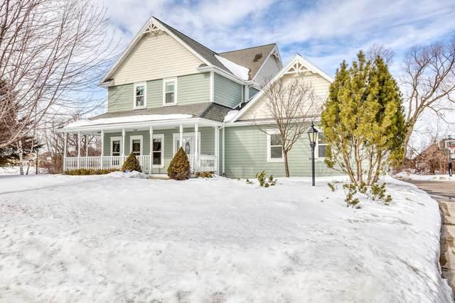 N52W17314 Hidden Ln, Menomonee Falls, WI 53051 (#1729090) :: OneTrust Real Estate