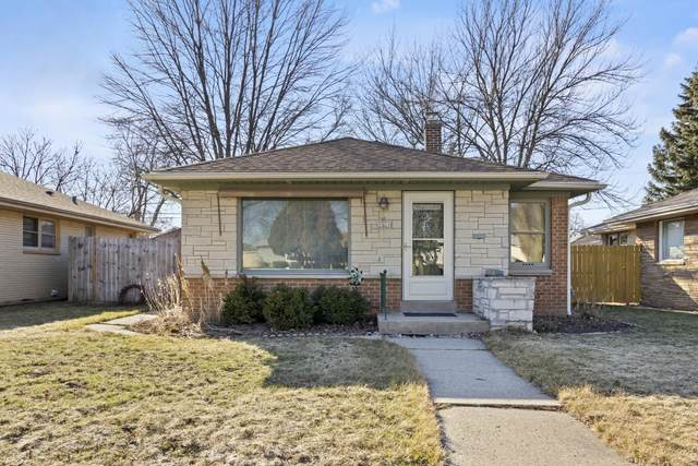 3821 N 80th St, Milwaukee, WI 53222 (#1730280) :: RE/MAX Service First