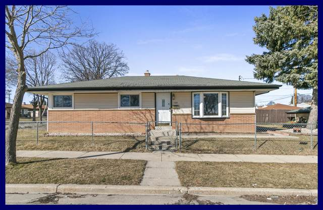 9724 W Thurston Ave, Milwaukee, WI 53225 (#1731605) :: RE/MAX Service First