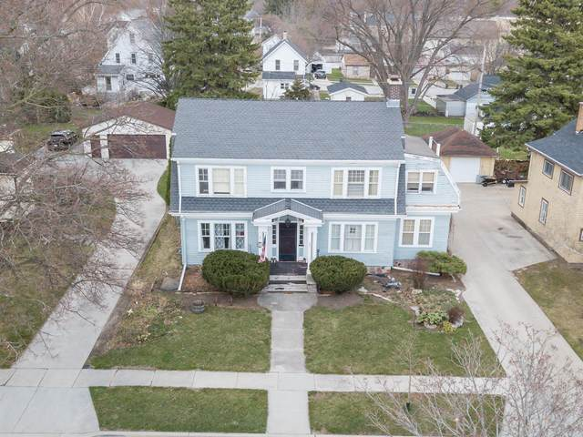 321 N Milwaukee St, Plymouth, WI 53073 (#1733176) :: EXIT Realty XL