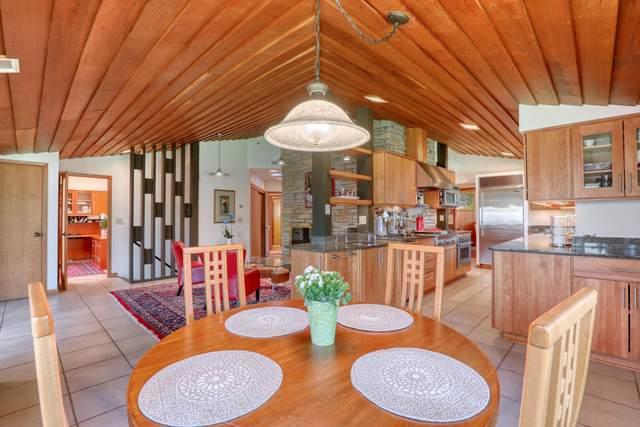 14880 Juneau Blvd, Elm Grove, WI 53122 (#1734419) :: EXIT Realty XL