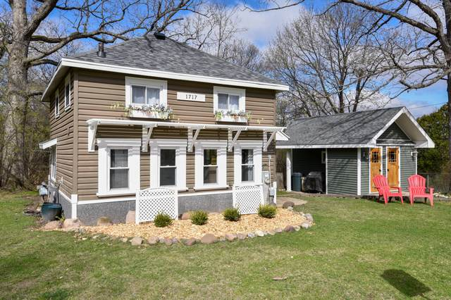 1717 Lincoln Ave, Delavan, WI 53115 (#1735384) :: EXIT Realty XL