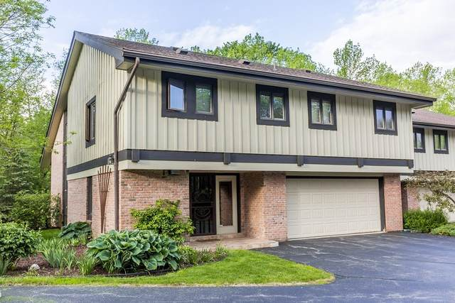 15150 Marilyn Dr, Elm Grove, WI 53122 (#1737010) :: RE/MAX Service First