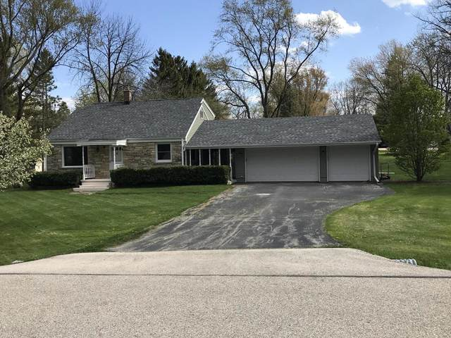 18325 Bolter Ln, Brookfield, WI 53045 (#1737247) :: RE/MAX Service First