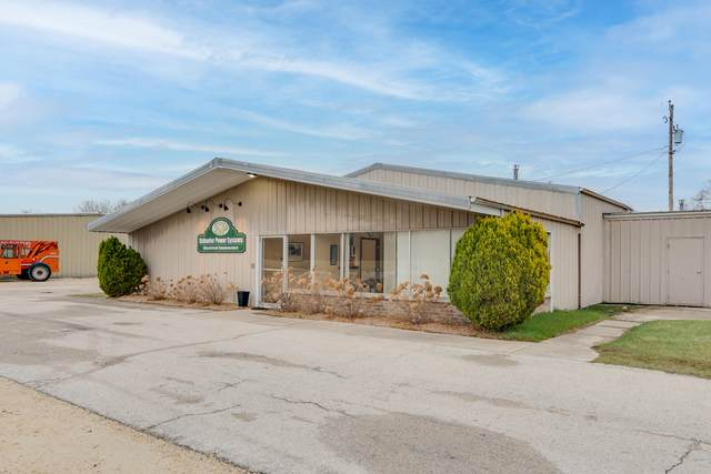 2126-2138 Valley Ct, Grafton, WI 53204 (#1738931) :: RE/MAX Service First