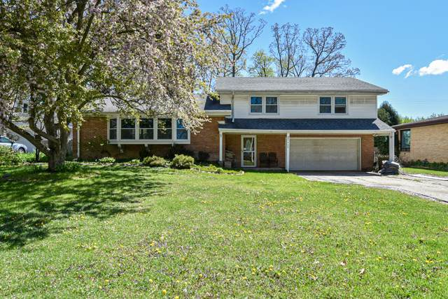 4464 N 110th St, Wauwatosa, WI 53225 (#1738958) :: Keller Williams Realty - Milwaukee Southwest