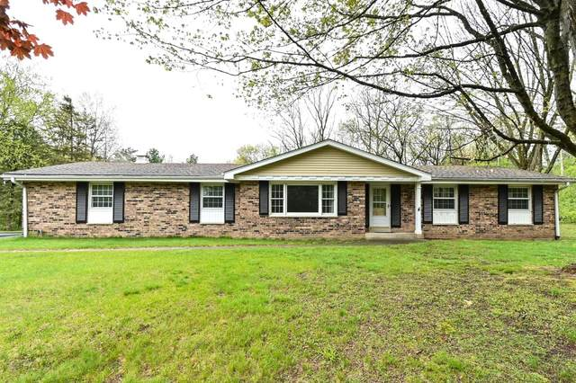 W336S4625 Drumlin Dr, Genesee, WI 53118 (#1739154) :: RE/MAX Service First