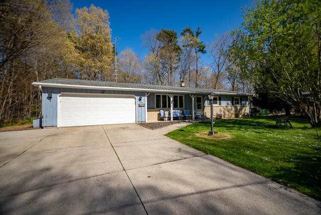 5537 Timberline Ln, Wilson, WI 53081 (#1740042) :: Tom Didier Real Estate Team
