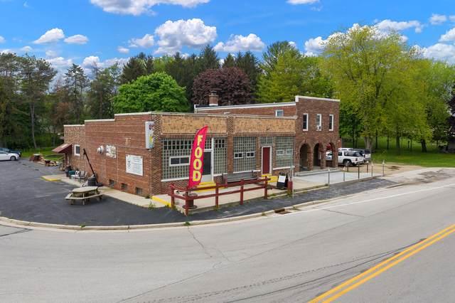 501 County Road H, Farmington, WI 53021 (#1741281) :: EXIT Realty XL