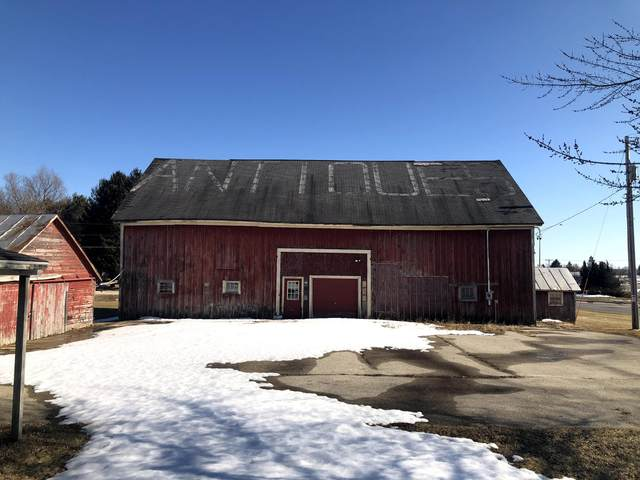 N7374 County Road Y, Mosel, WI 53083 (#1744024) :: Re/Max Leading Edge, The Fabiano Group