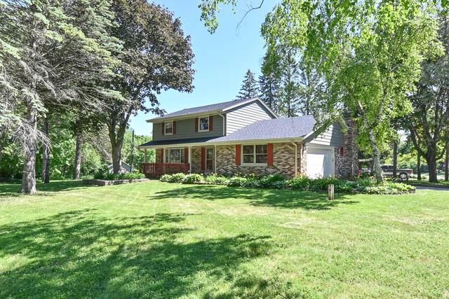 11631 W Birchwood Ln, Franklin, WI 53132 (#1745065) :: OneTrust Real Estate